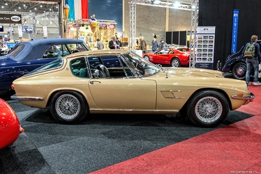 Maserati Mistral 3700 coupe by Frua 1964 side