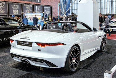 Jaguar F-Type 2.0 Litre Chequered Flag convertible 2019 r3q
