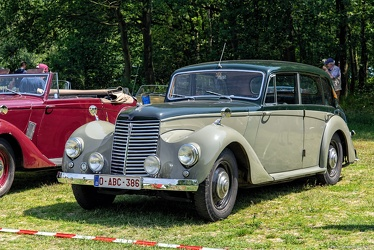 Armstrong Siddeley 18 HP Whitley 6-light saloon 1952 fl3q