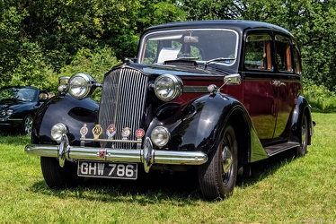 Vauxhall 25 HP Type GL limousine by Grosvenor 1940 fl3q