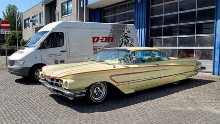 Buick LeSabre hardtop coupe Sea Cruiser custom 1960 fl3q