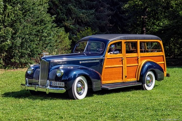 Packard 1901 One-Twenty DeLuxe station wagon by Hercules 1941 fl3q