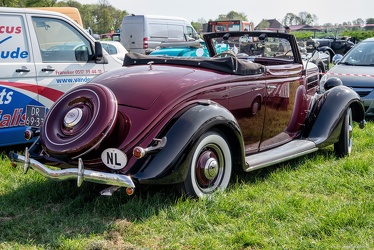 Ford V8 club cabriolet 1936 r3q