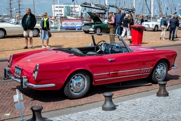 Alfa Romeo 2000 Spider by Touring 1959 r3q