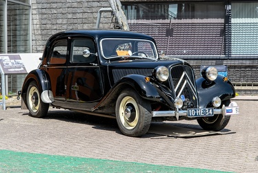 Citroen Traction Avant 11 BL 1956 fr3q