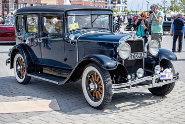Hupmobile Series A Century Six 4-door sedan 1929 fr3q