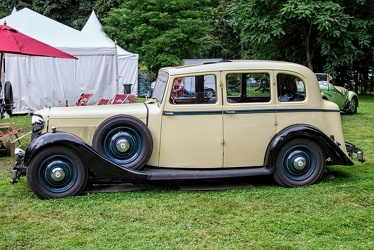 Armstrong Siddeley 20/25 HP touring saloon 1936 side