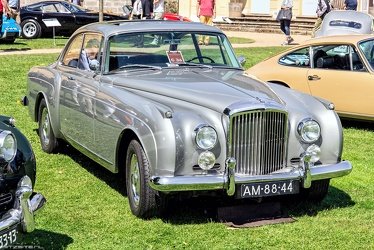 Bentley S2 Continental FHC by Mulliner 1959 fr3q