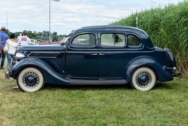Ford V8-48 14/90 PS 4-door sedan by Ambi-Budd 1937 side