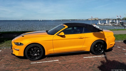 Ford Mustang S6 Ecoboost convertible coupe 2019 side
