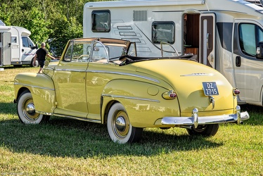 Ford V8 Super DeLuxe convertible coupe 1948 r3q